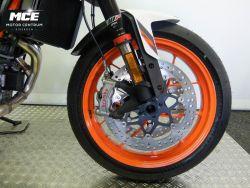KTM - Duke 890 R