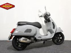 VESPA - GTS 300 HPE Super Tech ABS
