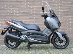 X MAX 300