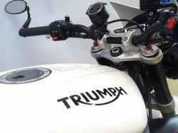 TRIUMPH - Street triple 675