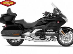 GL 1800 GOLDWING TOUR DELUXE