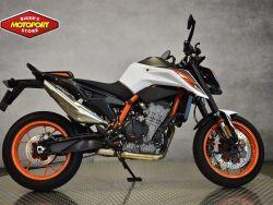 890 Duke R