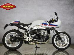 R NINET RACER - BMW