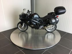 BMW - F800ST ABS