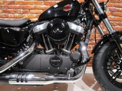 HARLEY-DAVIDSON - XL 1200 X Forty Eight