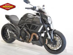DUCATI - DIAVEL DARK