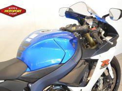 SUZUKI - GSX R 750