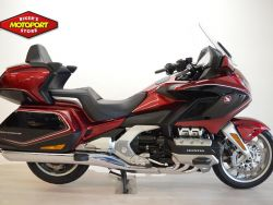 GL 1800 TOURING DELUXE DCT