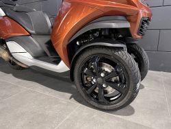 PEUGEOT - METROPOLIS 400