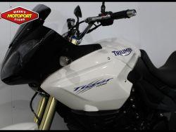 TRIUMPH - TIGER 1050 .