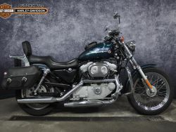 XL883 Custom - HARLEY-DAVIDSON