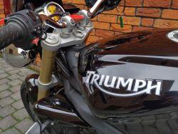 TRIUMPH - STREET TRIPLE