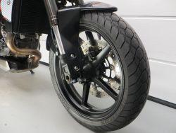 KTM - DUKE 690