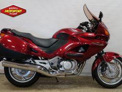 HONDA - NT 650 V