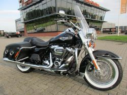 FLHRC ROADKING ROAD KING CLASS - HARLEY-DAVIDSON