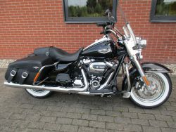 HARLEY-DAVIDSON - FLHRC ROADKING ROAD KING CLASS