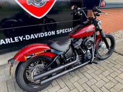 HARLEY-DAVIDSON - FXBB SOFTAIL STREETBOB