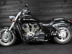 HONDA - VTX 1800 S Shadow