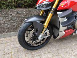 DUCATI - Streetfighter V4 S Red