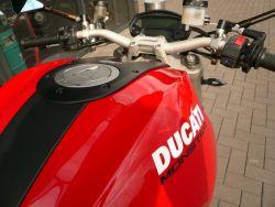 DUCATI - MONSTER 1100