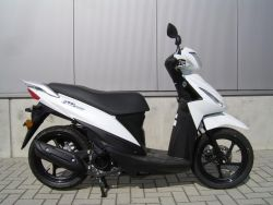 UK110 (Address 110) - SUZUKI