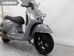 PIAGGIO - VESPA GTS 300 SUPERTECH
