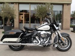 FLHP Road King Police