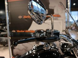 HARLEY-DAVIDSON - FLHR Road King
